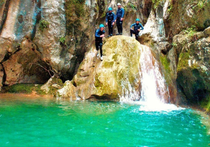 Medium canyoning mallorca 14