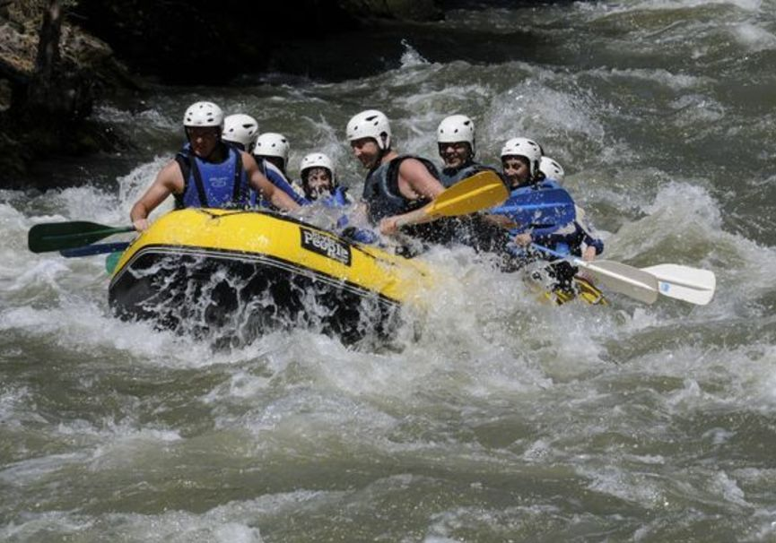 Medium rafting ebro cantabria