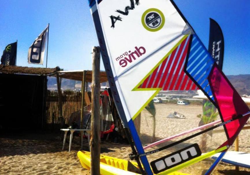 Medium alquiler windsurf almeria