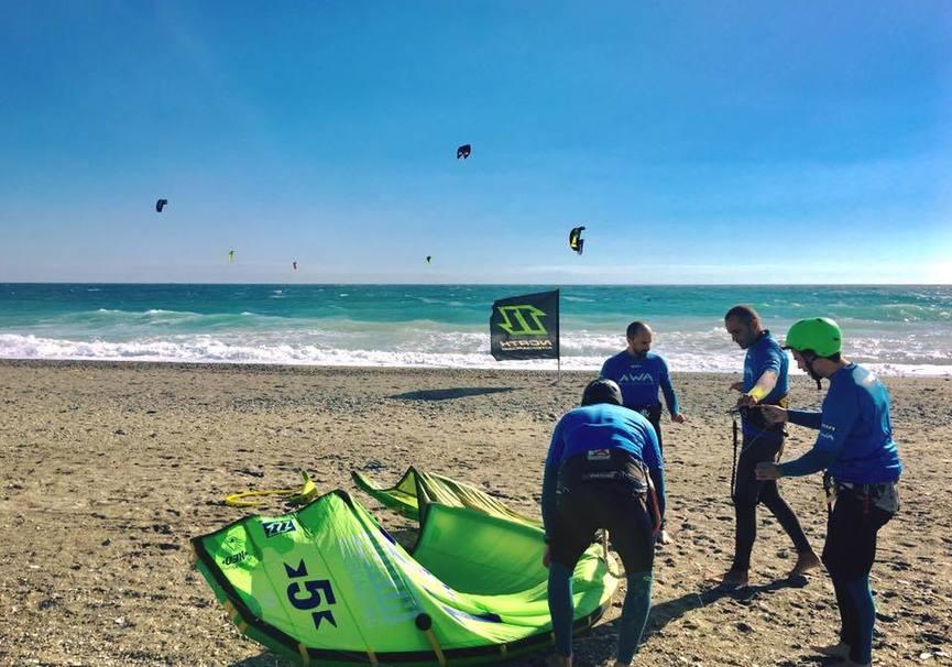 Medium curso iniciacion kitesurf granada