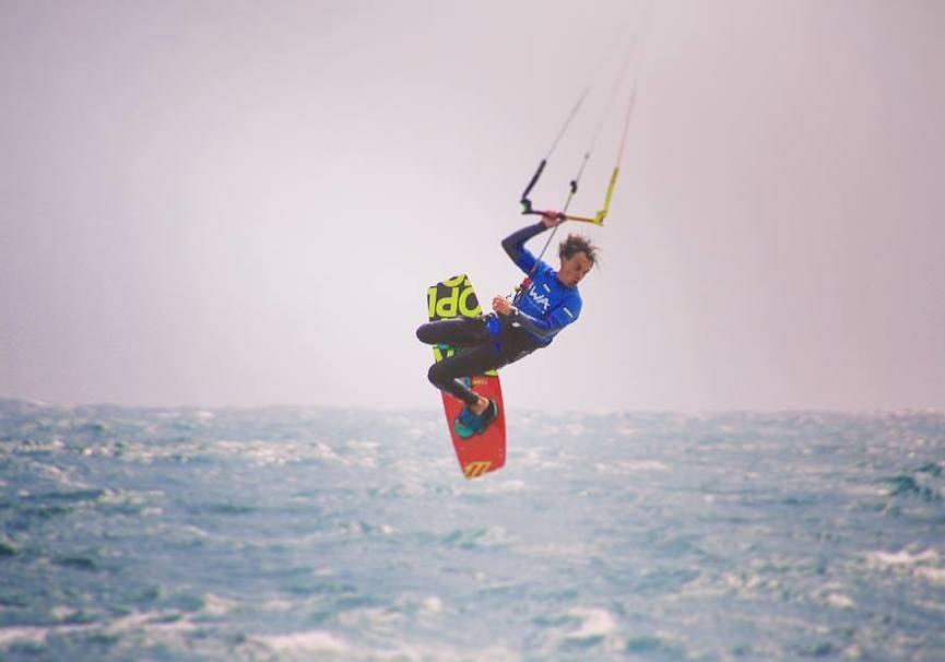 Medium curso avanzado kitesurf granada