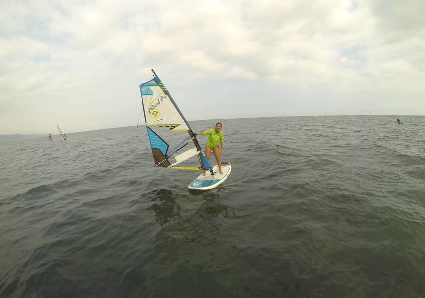 Medium curso basico windsurf almeria