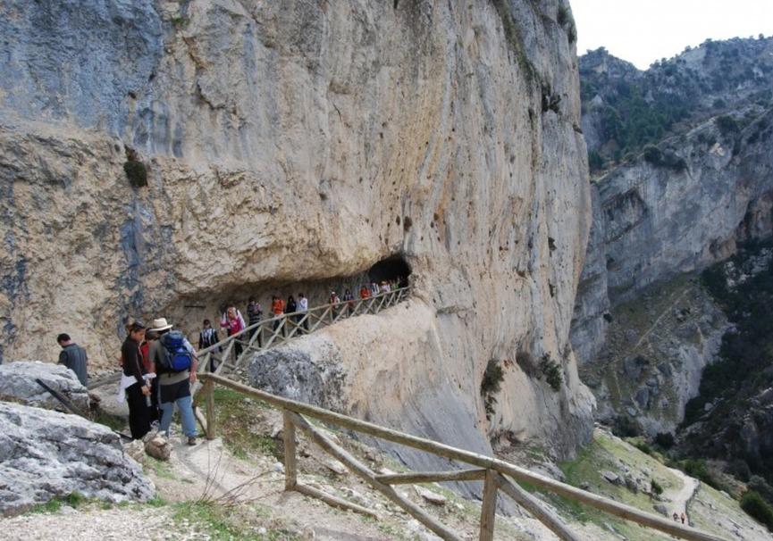 Medium rapel cazorla aventura ecoturismo