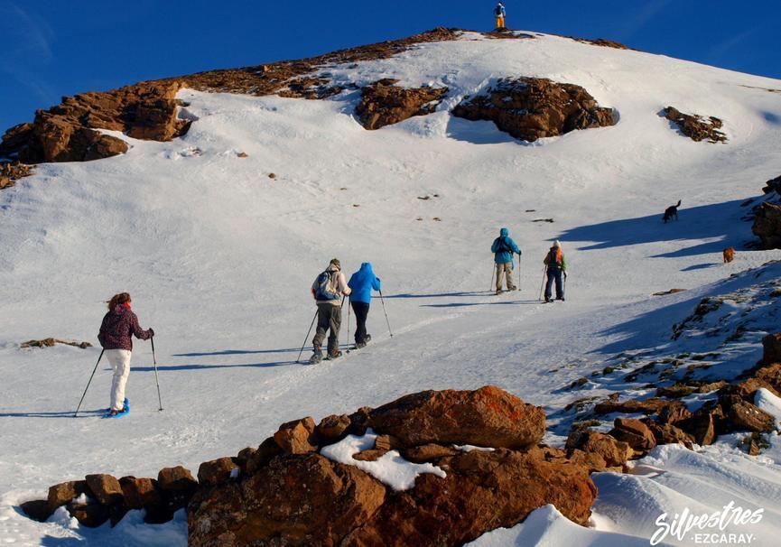 Medium raquetas de nieve ruta guiada que hacer en ezcaray