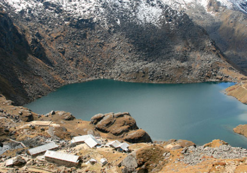 Medium langtang gosainkunda and helambu trek