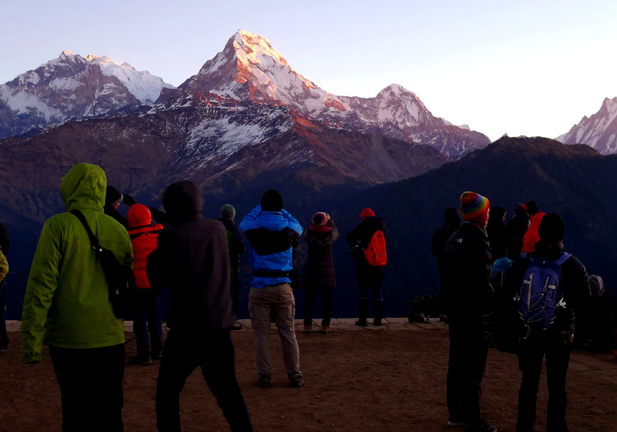 Medium watching sunrise poonhill annapurna massif