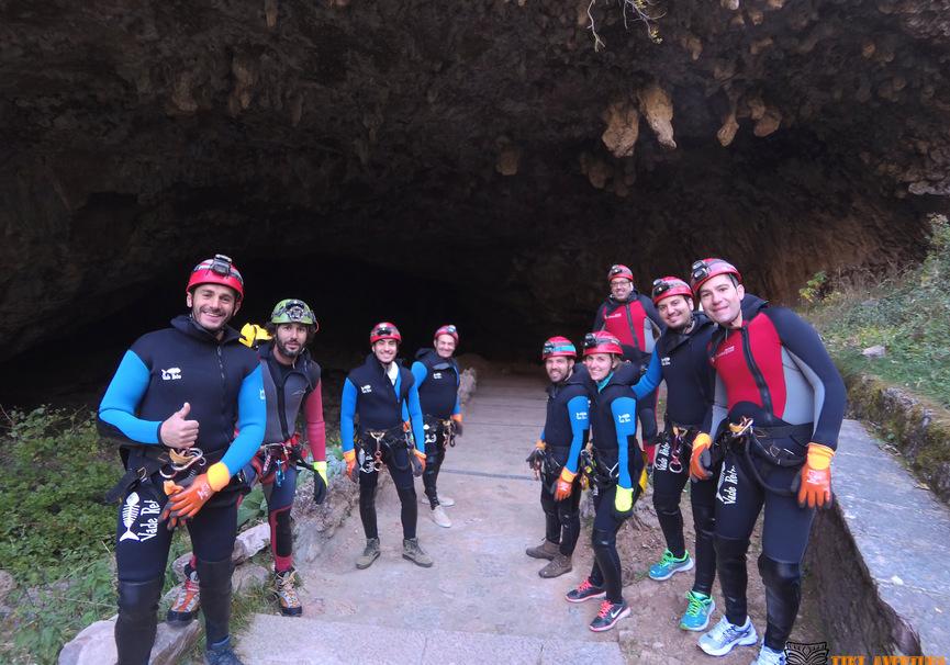 Medium espeleobarranquismo cueva de valporquero le%c3%b3n tiki aventura 2