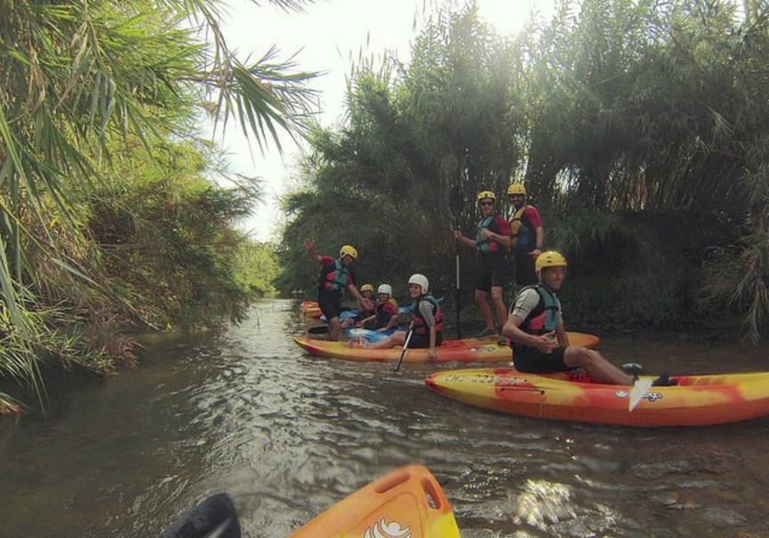 Medium kayak valencia cerca