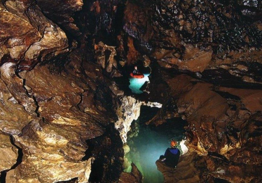 Medium foto cueva pequena 3  reventon