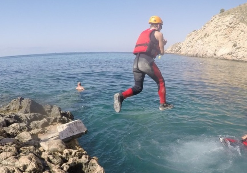 Medium coasteering villajoyosa aventura