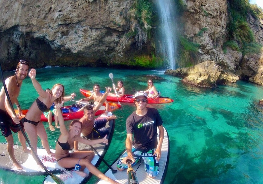 Medium ruta guiada de paddle surf o kayak por la herradura y maro