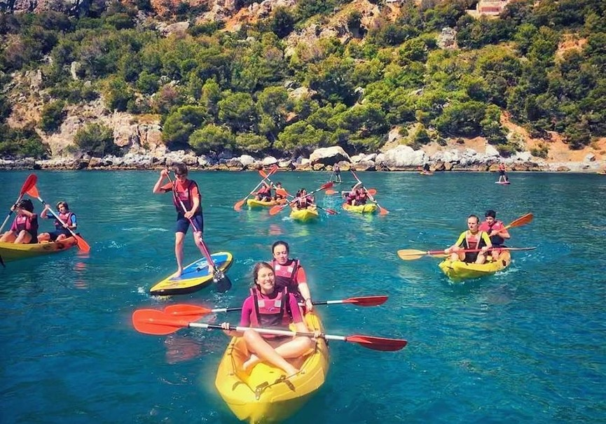 Medium ruta guiada de paddle surf o kayak por la herradura y maro9