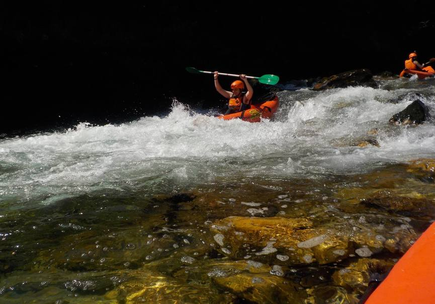 Medium canoa raft picos de europa 3