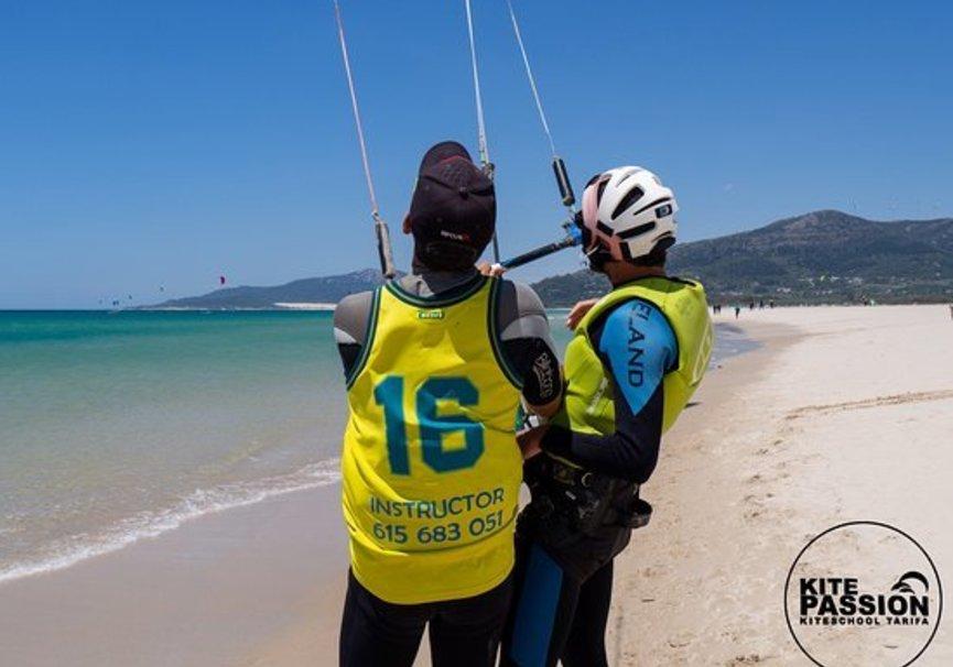 Medium kite lessons semiprivate